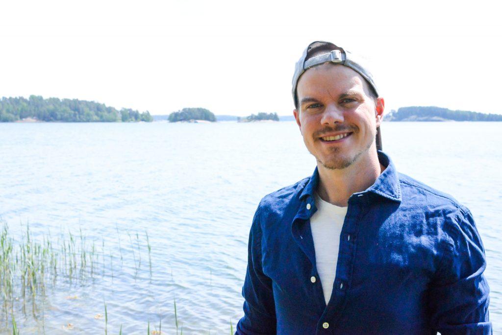 Antti Quanta - Sisäisten matkojen matkatoimisto (www.menestysydamella.fi)